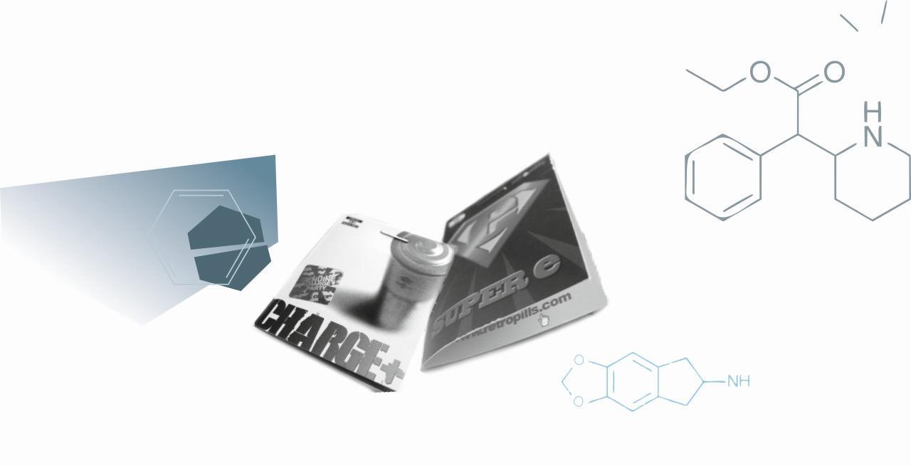 charge-super-e packungen von legal highs, teil aus der NPS Broschüre für neue psychoaktive Substanzen