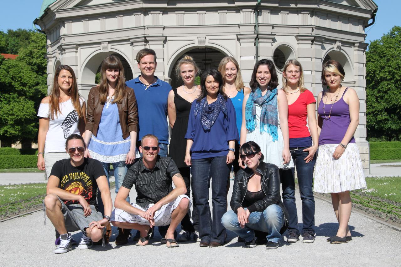 IMG_5704-Gruppenfoto-der-mindzone-muenchen-peers-2011-im-munchner-hofgarten